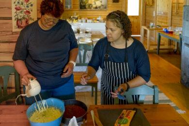Kochen und backen Sie mit natürlichen Zutaten Spezialitäten aus Finnland